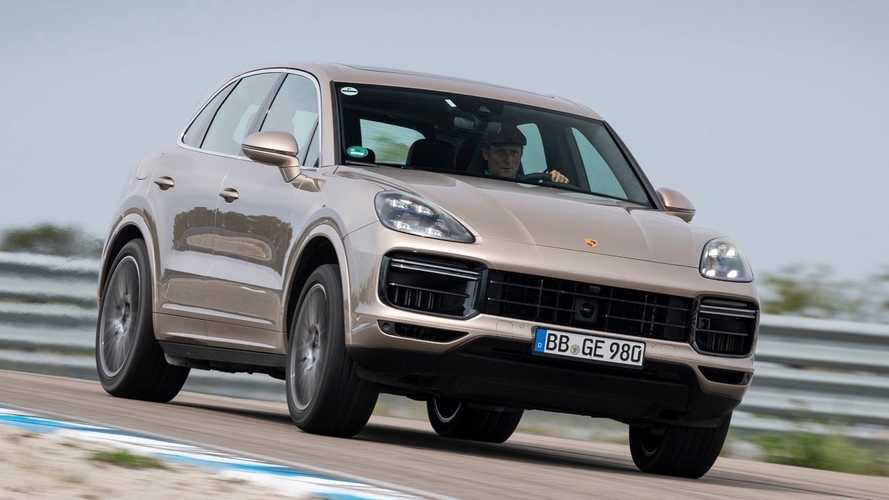 Porsche Cayenne Turbo S E-Hybrid sets record on an unfinished track