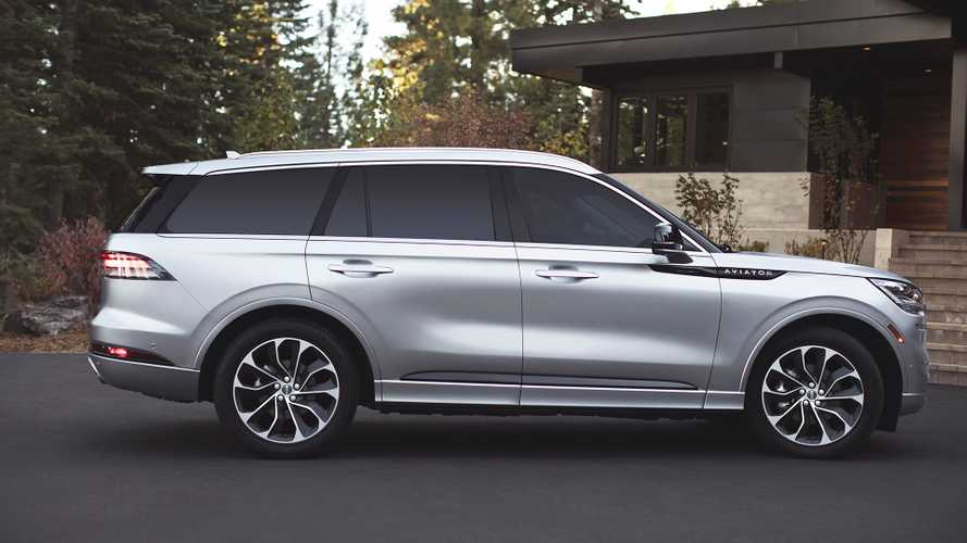 Lincoln's 494-HP Plug-In Hybrid SUV Gets Official MPG Figures