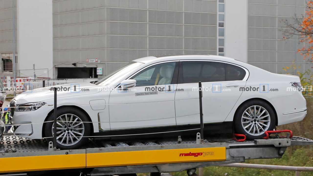 BMW i7 casus fotoğraf