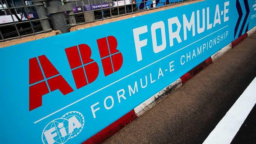 Bolsonaro assina carta oficial de apoio Fórmula E no Rio de Janeiro