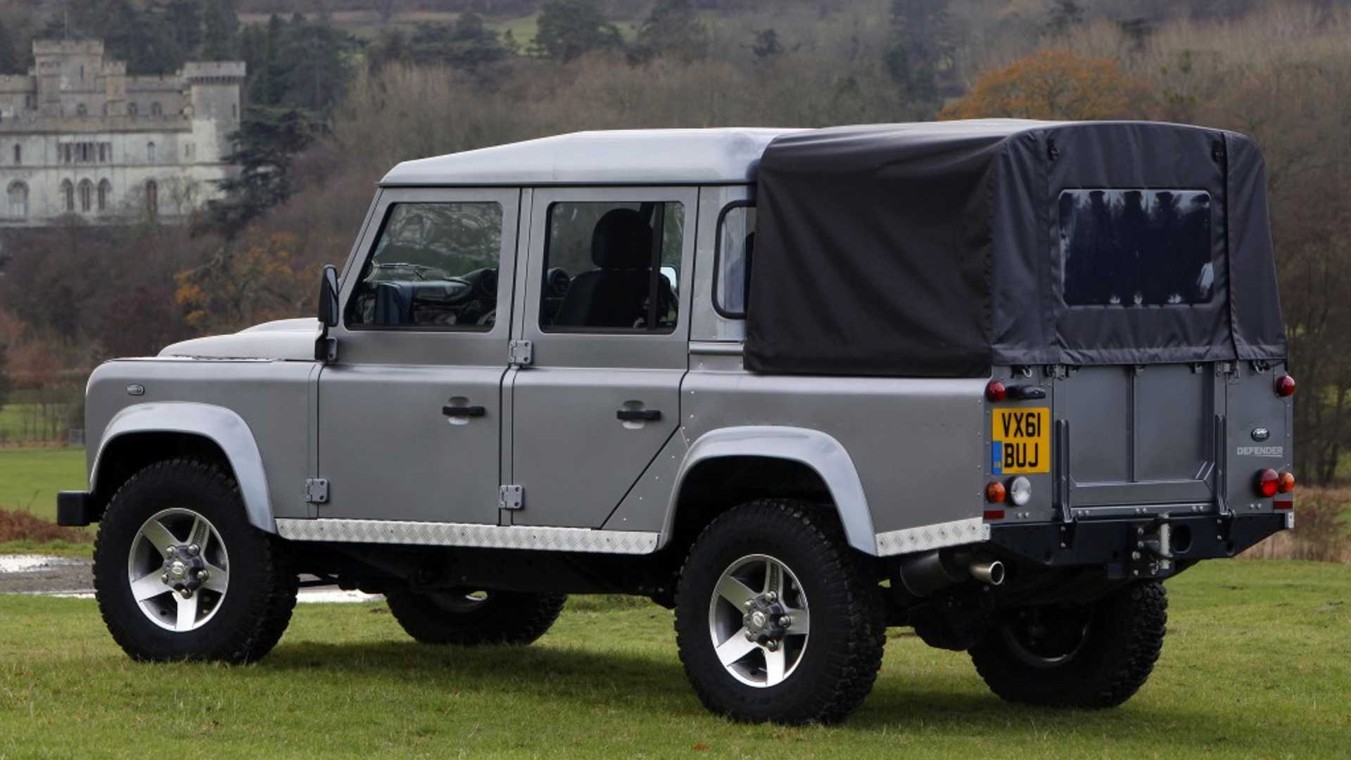 Land Rover Truck >> Land Rover Drops Plans For Defender Pickup Truck Explains Why