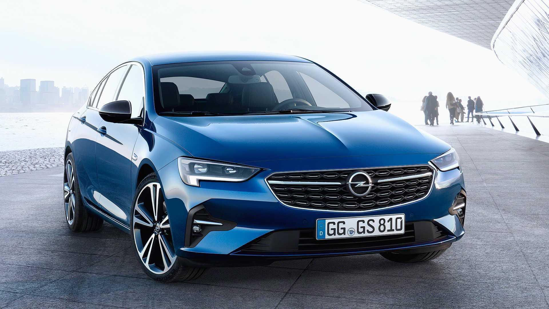 2020 Opel Insignia makyajlı yüzünü gösterdi