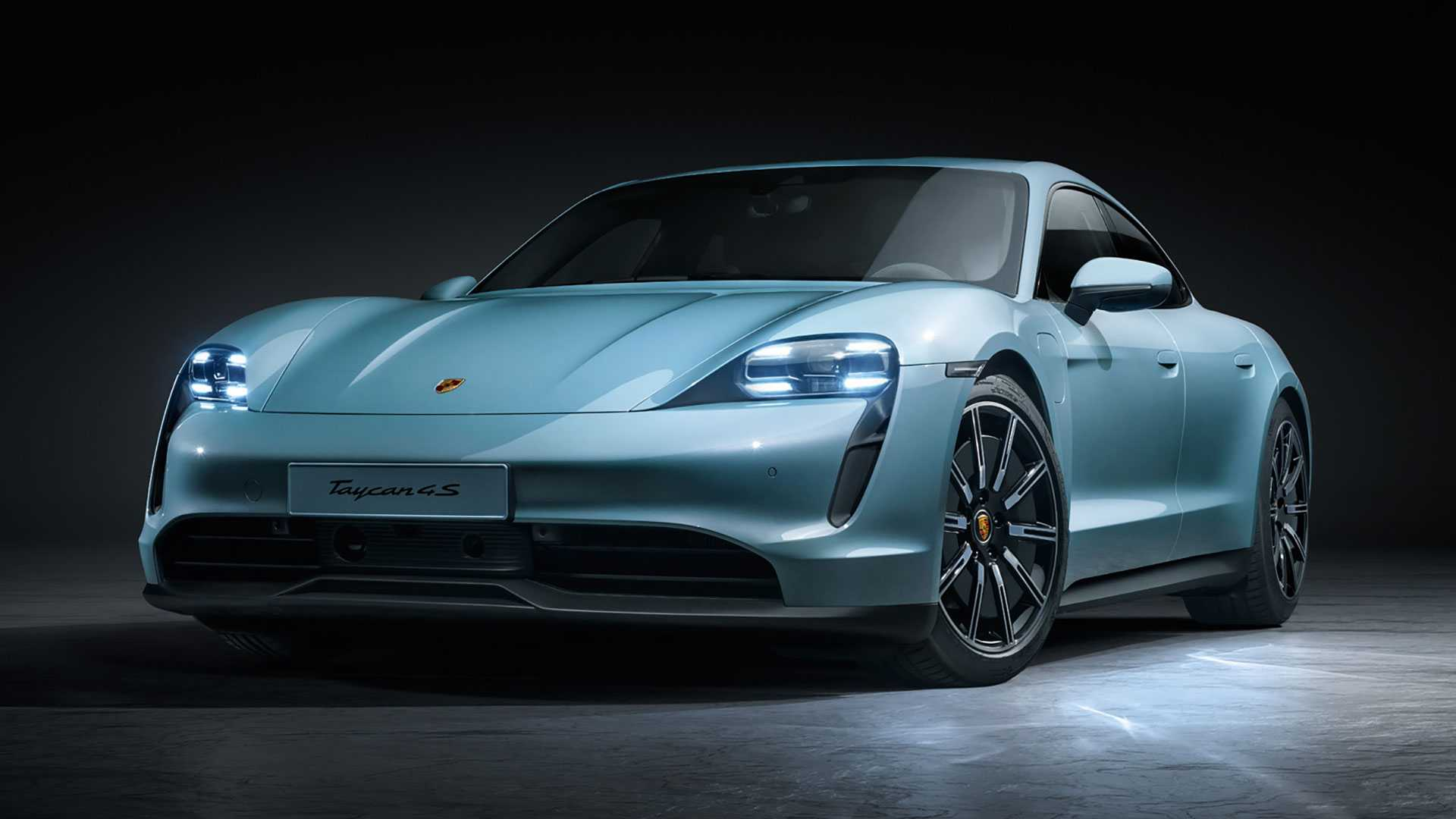 2020 Porsche Taycan 4S revealed with two battery options, lower price