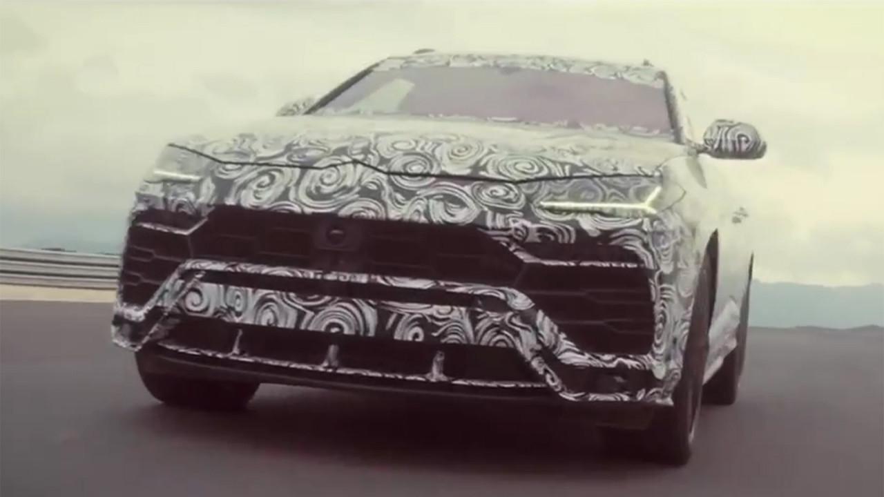 Lamborghini Urus, il video teaser Corsa