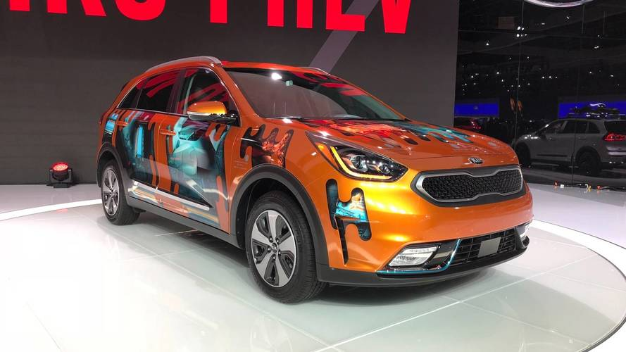 Kia Niro PHEV Brings 23 Miles Of EV Range To L.A.