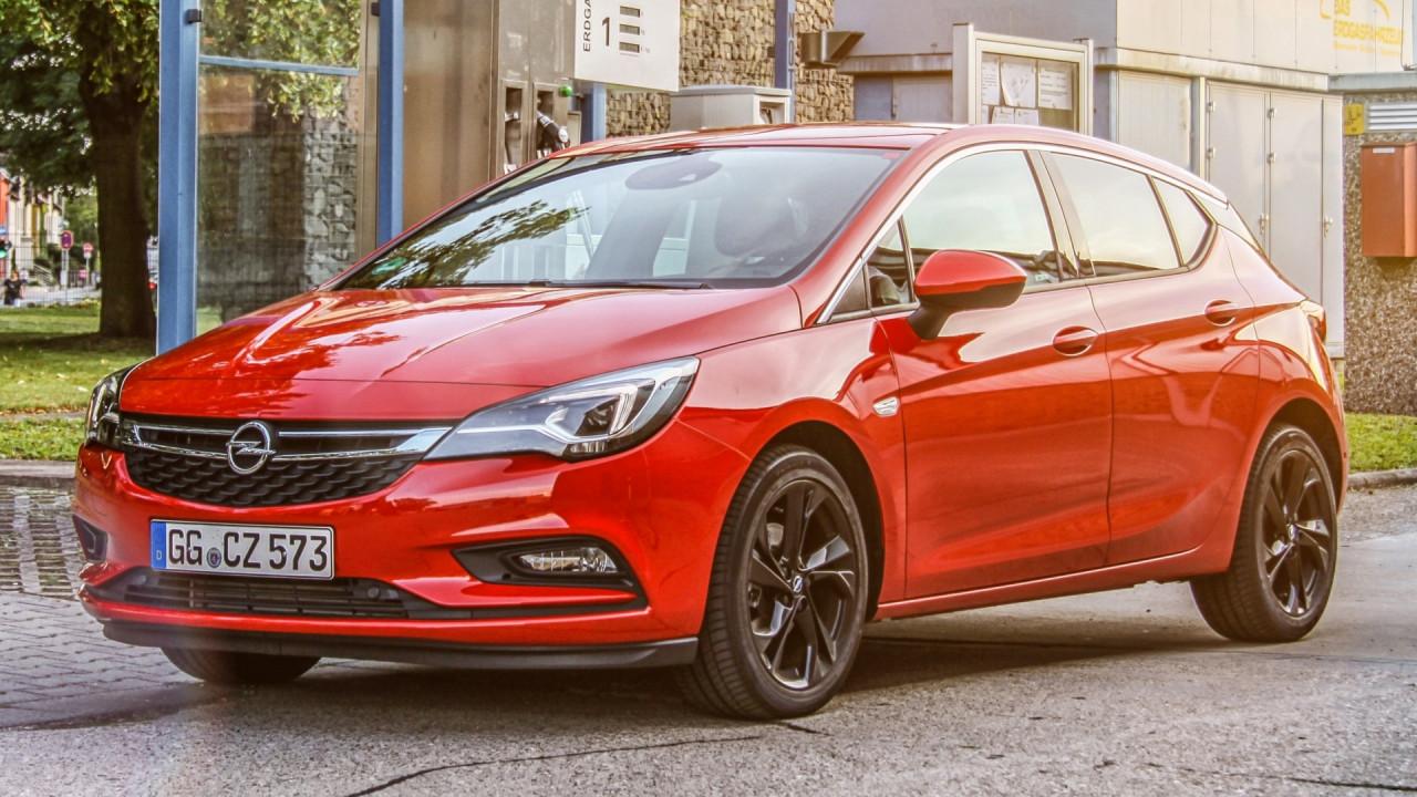 [Copertina] - Opel Astra ecoM, a metano costa 23.300 euro