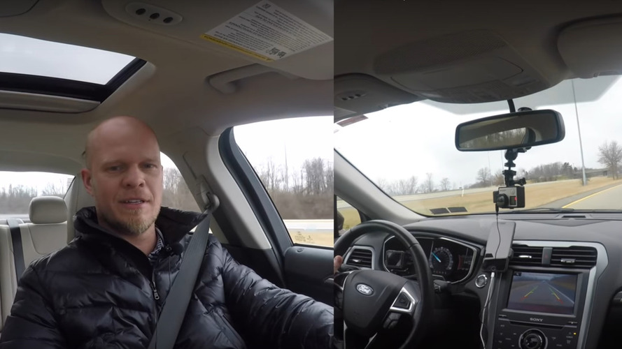 Modern araçlarda sürüş esnasında geri vitese geçerseniz ne olur?