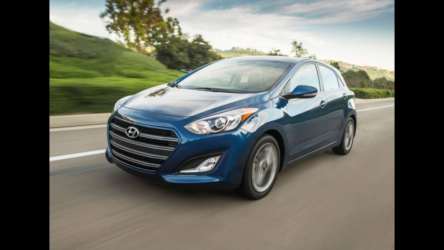 Nova geração do Hyundai i30 estreia no fim do ano com visual 'by Genesis'