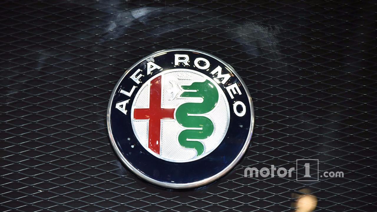 alfa romeo logo | motor1 photos