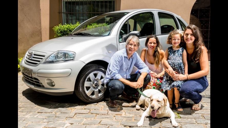 """Citroën """"caça"""" um dos primeiros C3 fabricados no Brasil e faz surpresa"""