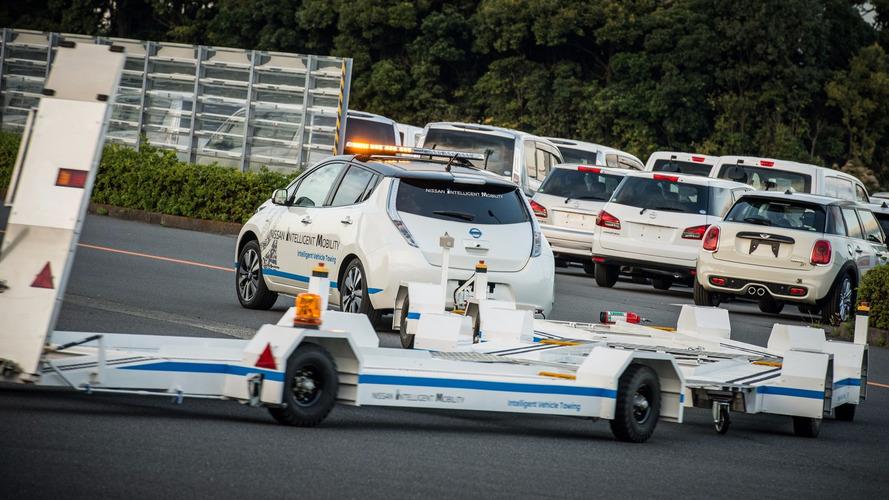 Nissan Leaf çekici aracı