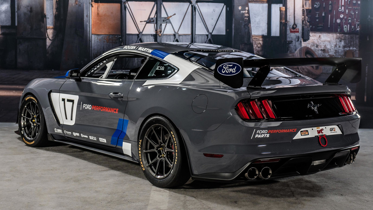Ford Mustang GT4