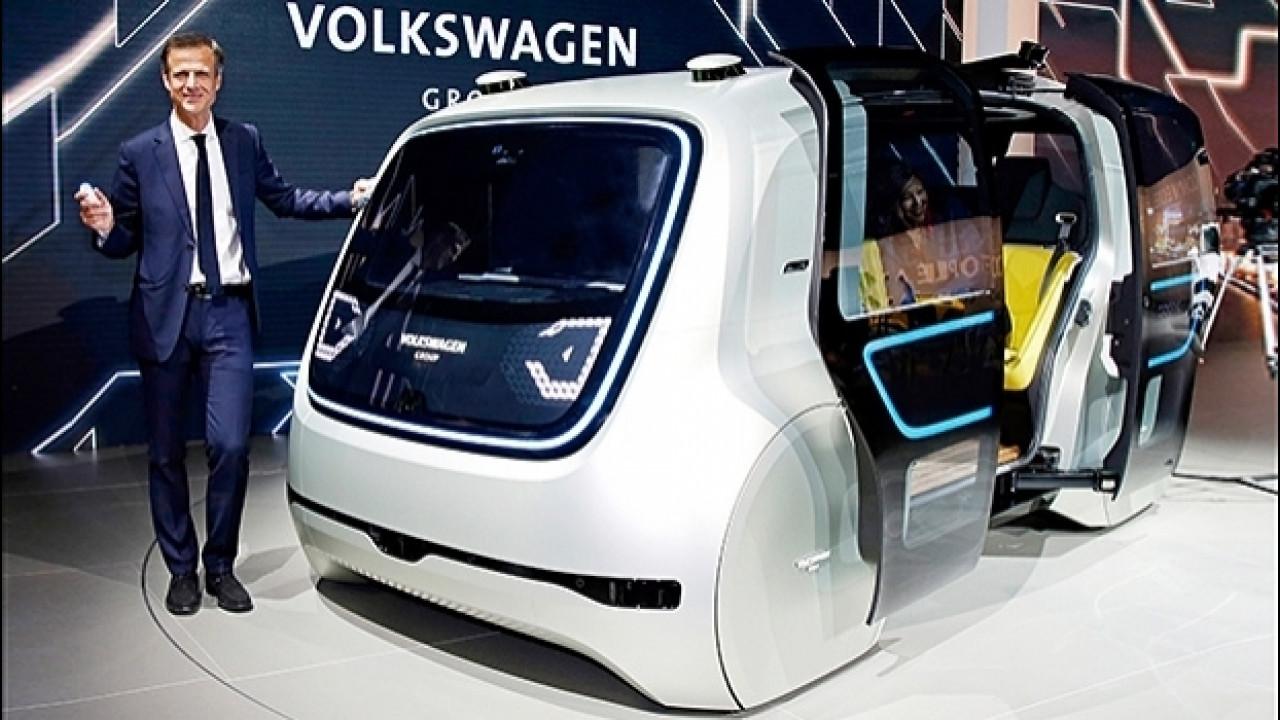 [Copertina] - Volkswagen Sedric, il taxi robot di domani