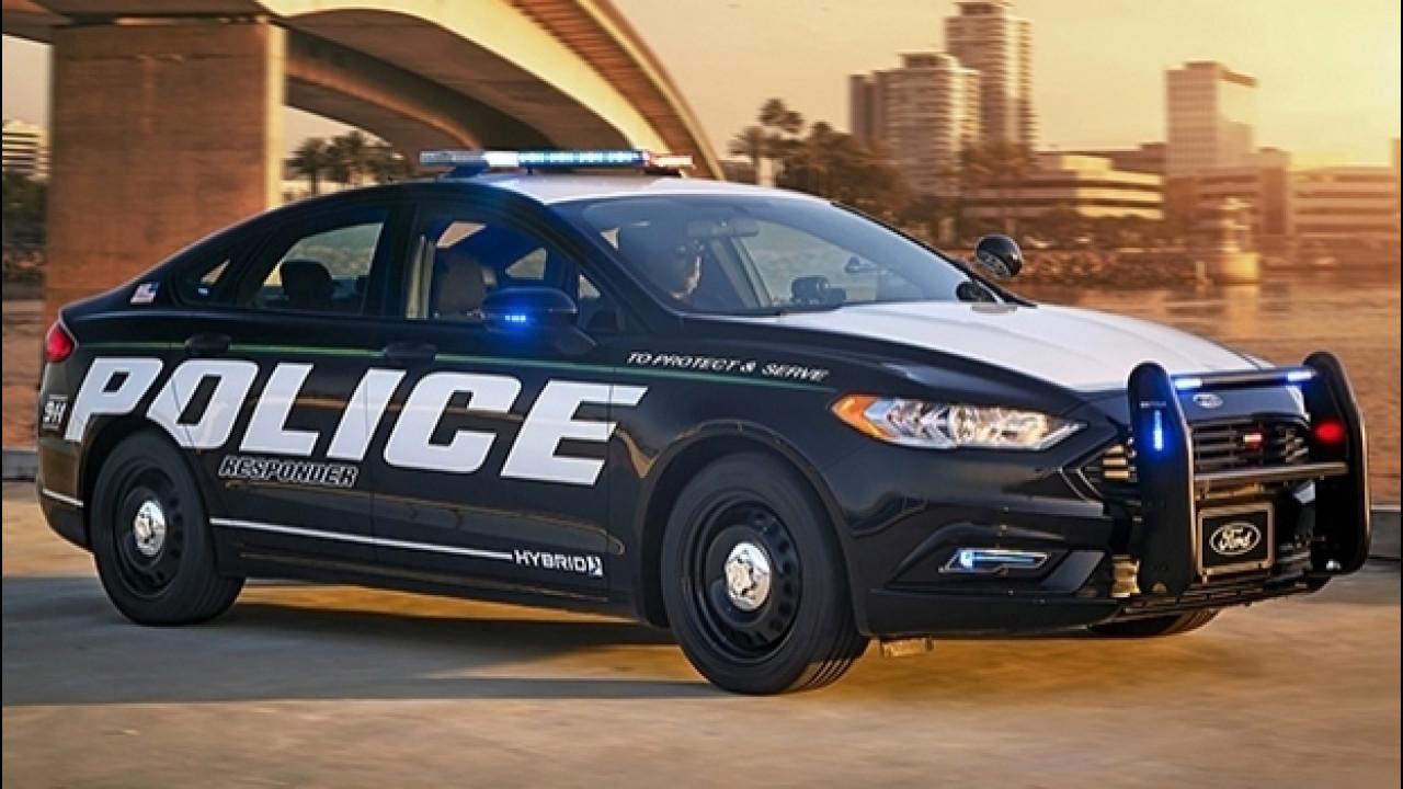 [Copertina] - Ford ibrida per la polizia USA, pronta all'inseguimento