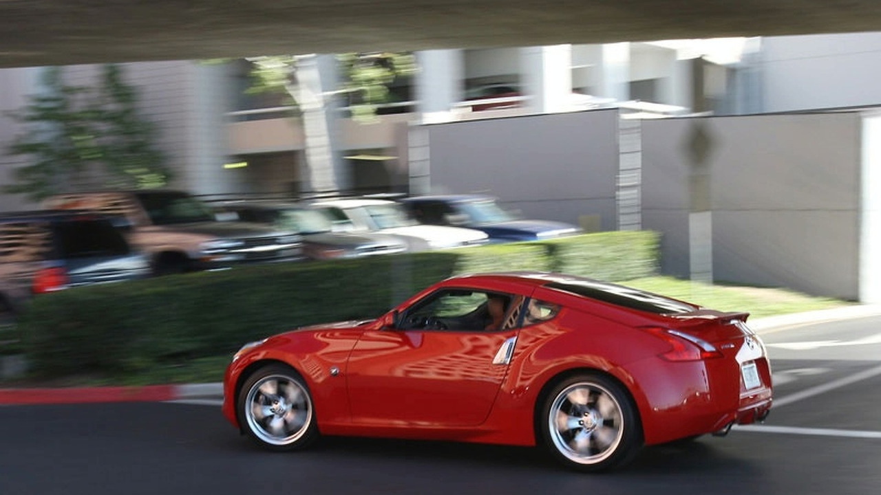 Nissan 370Z on street in Los angeles