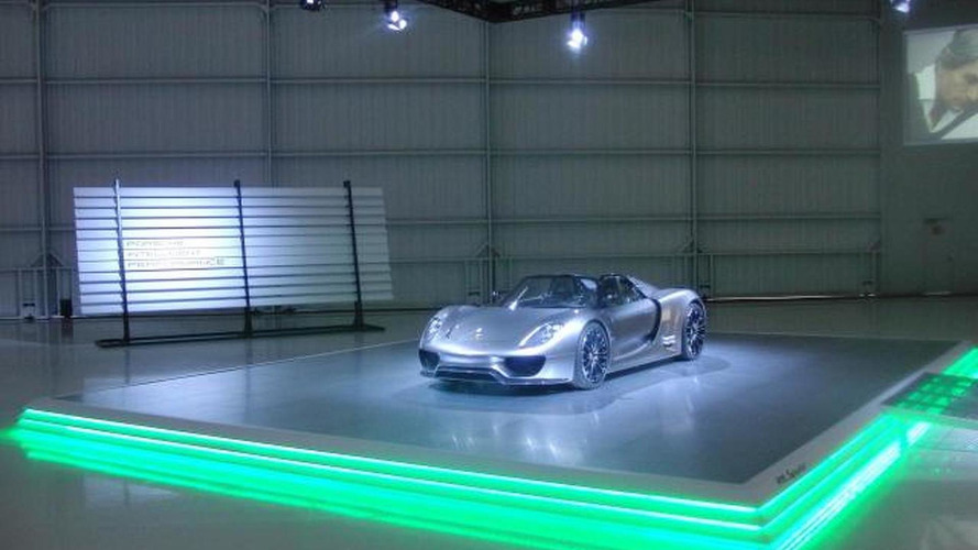 Porsche 918 Spyder Concept shown to an invitation only audience at Pebble Beach, Monterey, California, 640, 12.08.2010