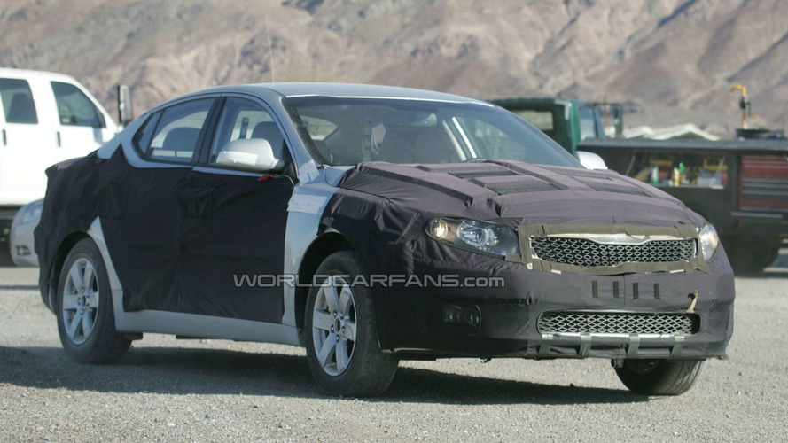 2011 Kia VG sedan aka Opirus / Amanti Spied in Death Valley