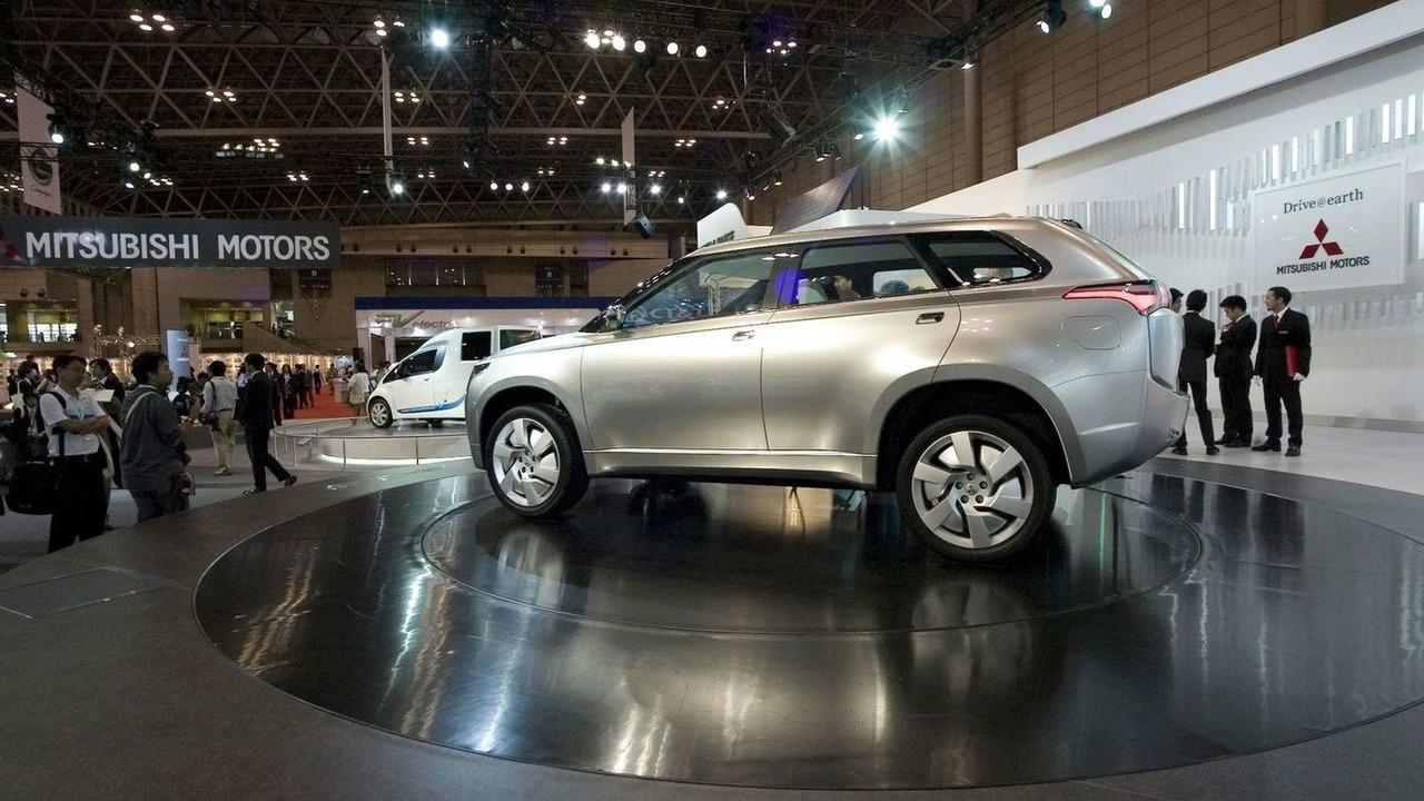 Mitsubishi PX-MiEV Concept live at Tokyo Motor Show
