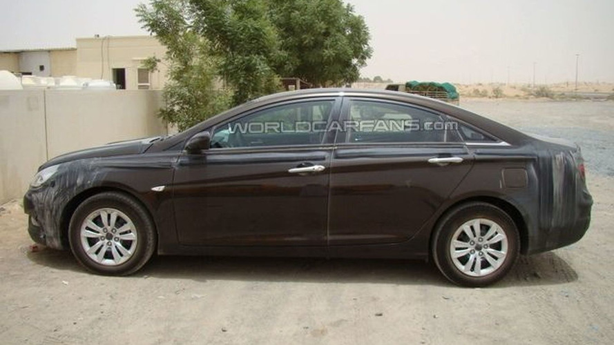 2011 Hyundai Sonata spied in Dubai by WCF reader