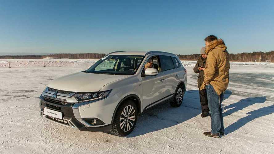 Mitsubishi подготовила 9-местный вариант Outlander