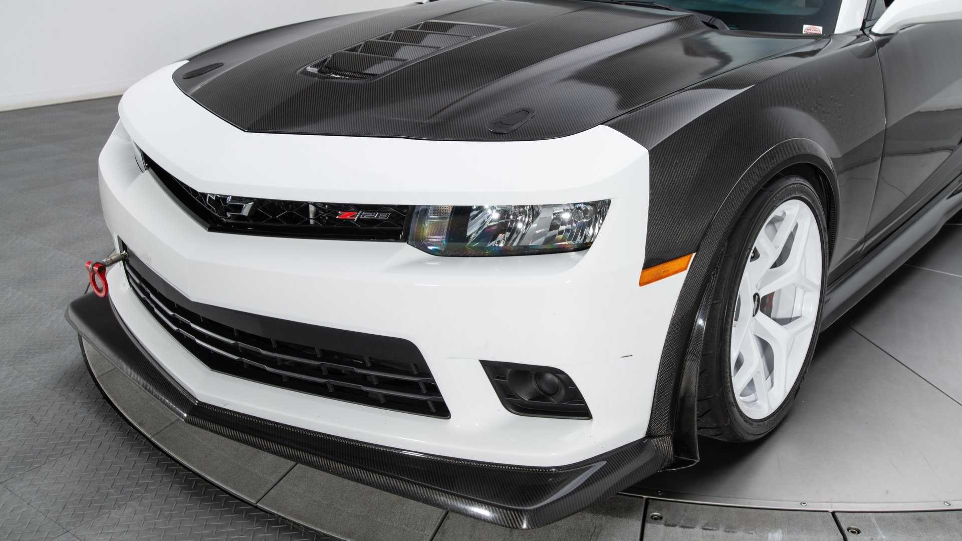 "[""Upgraded 2015 Chevrolet Camaro Z/28""]"