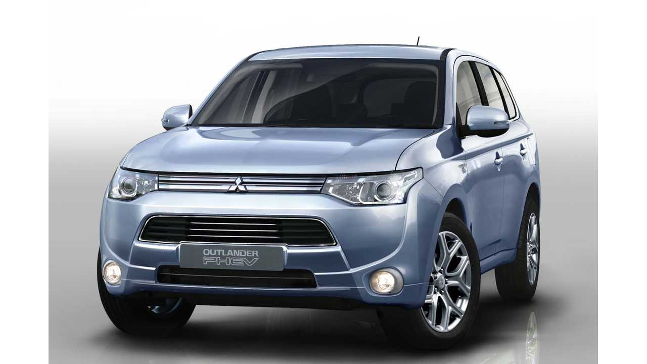 US Launch of Mitsubishi Outlander PHEV Delayed to 2015
