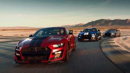 Mustang Shelby GT500 sfida Challenger Hellcat e Camaro ZL1