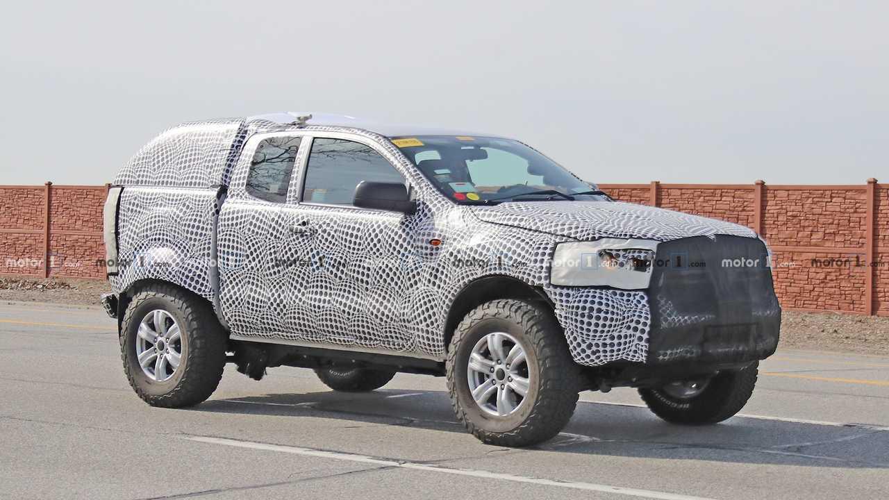 Ford Bronco Test Mule Spy Photo