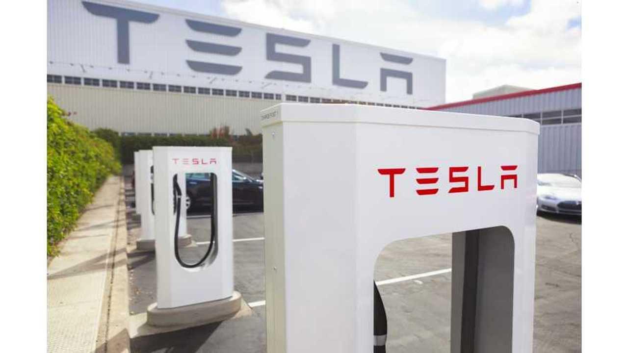 Tesla Supercharging Station Fremont HQ 21