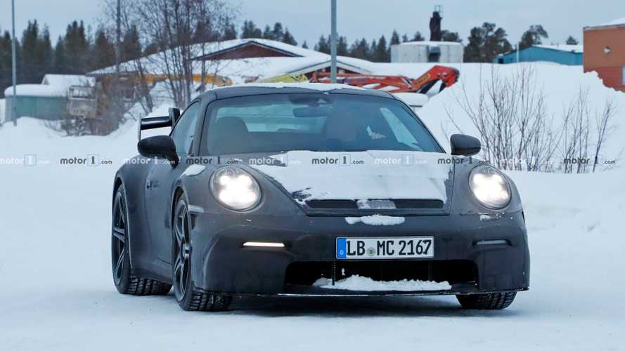 2020 Porsche 911 GT3 spy photos