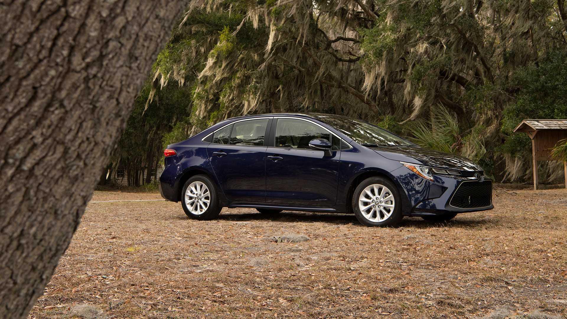 2020 Toyota Corolla Sedan First Drive: The Safe Choice