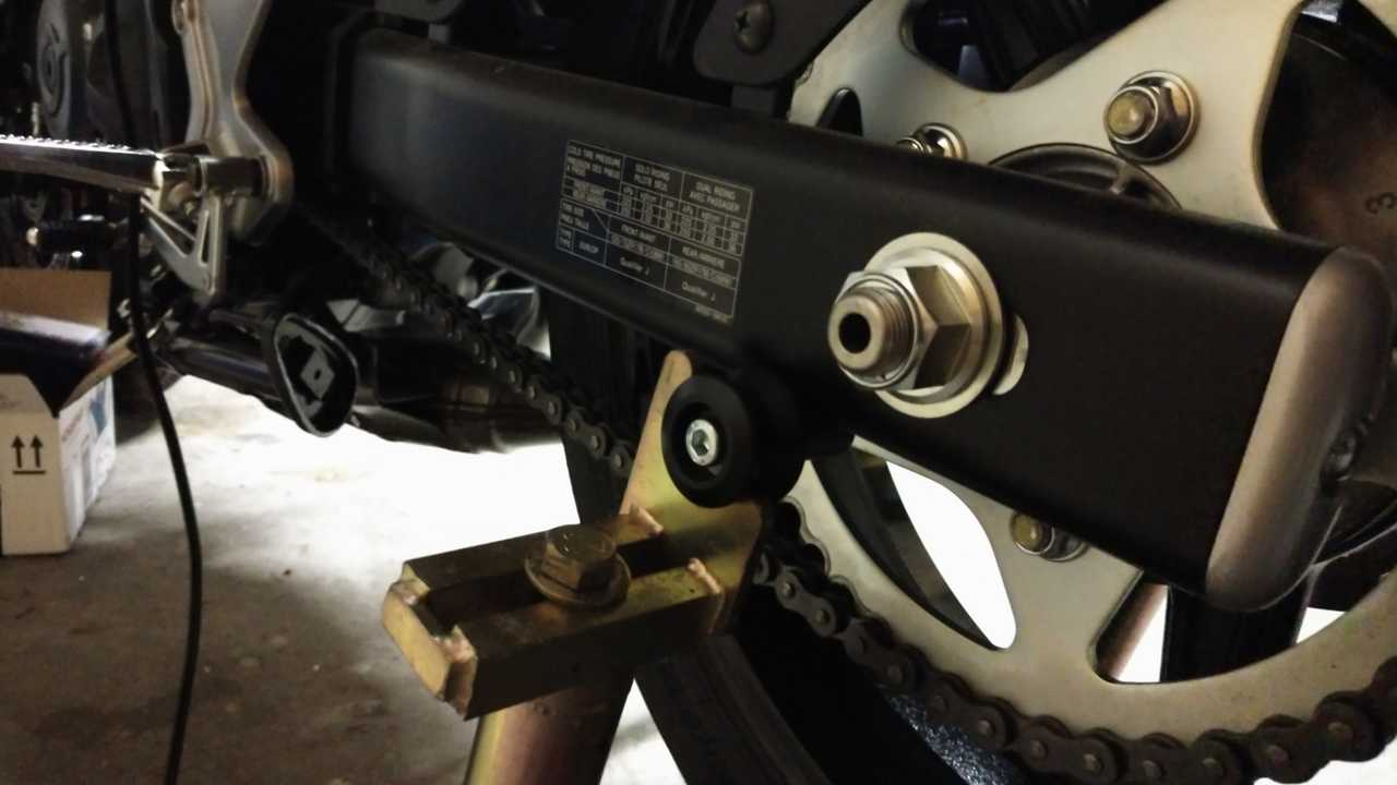 Swingarm Sliders