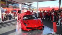 Ferrari 488 GTE ve 488 GT3 tanıtıldı