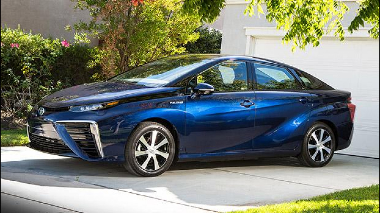[Copertina] - Toyota Mirai, l'era dell'idrogeno [VIDEO]
