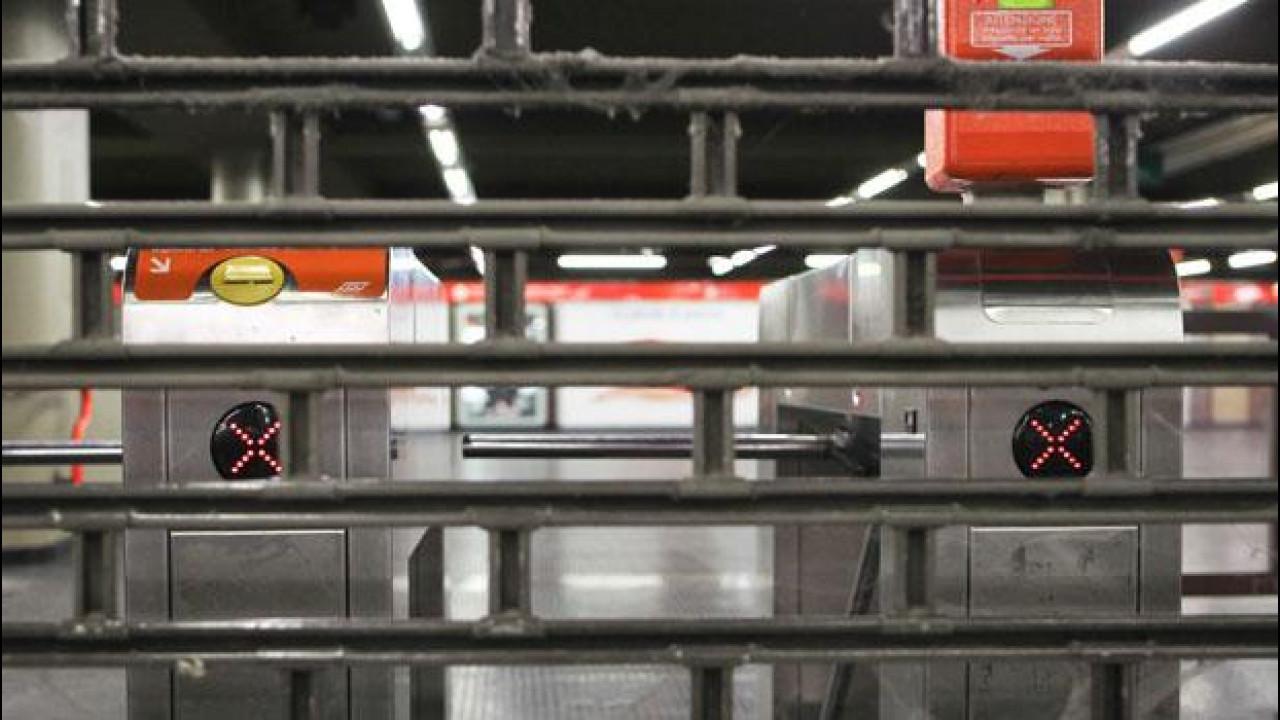 [Copertina] - Sciopero dei trasporti venerdì 20 aprile 2012