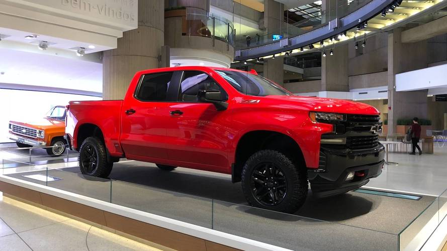 2019 Chevy Silverado: 3.0L Diesel, Updated V8s, And 450 Fewer Pounds