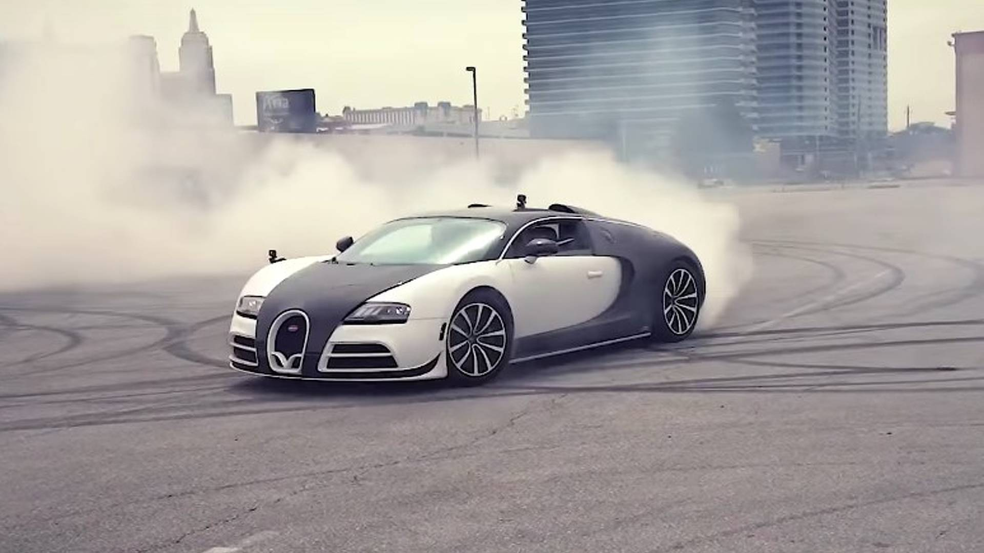 Watch This 2 3m Bugatti Do The World S Most Expensive Burnout