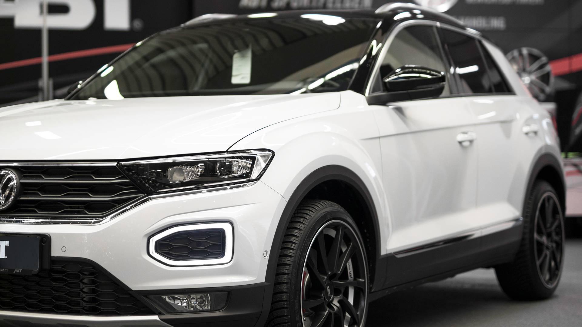 VW T-Roc ABT, sfida alla Golf GTI