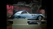 Bugatti, una mostra per la famiglia 002