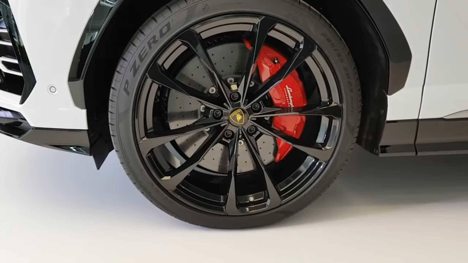Take The Most In Depth Look Yet At The Lamborghini Urus
