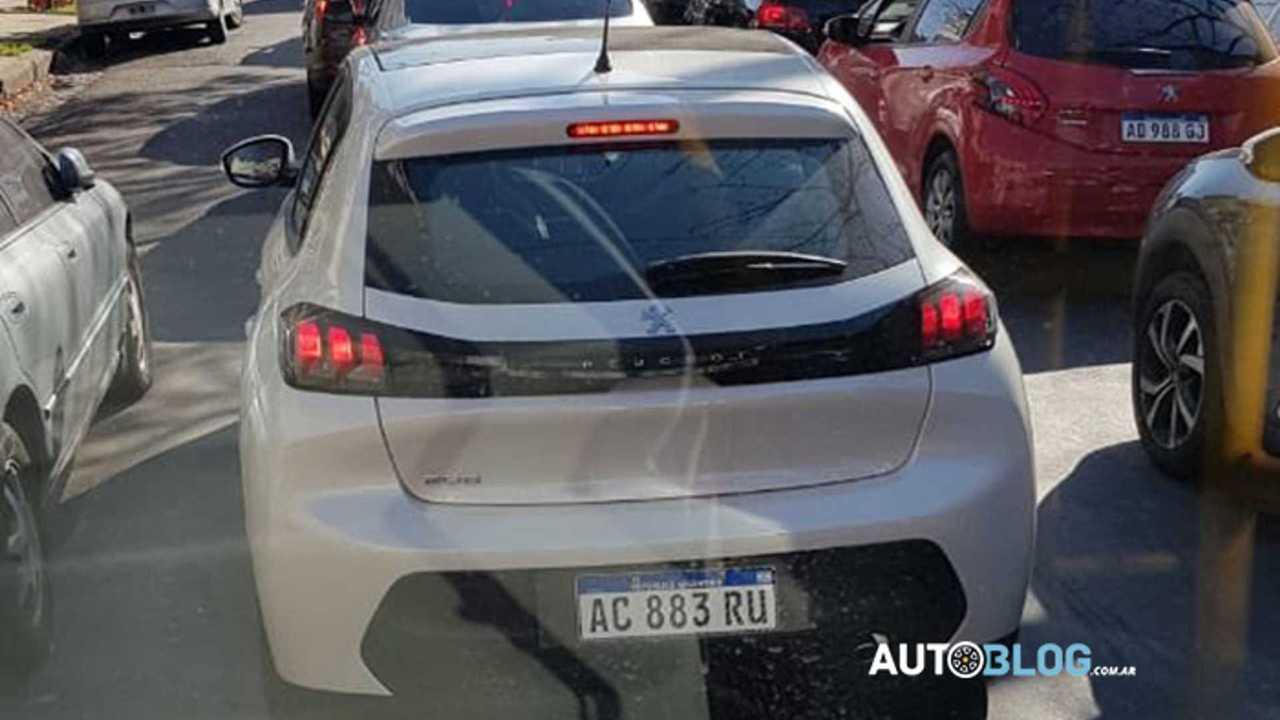 Flagra - Peugeot 208
