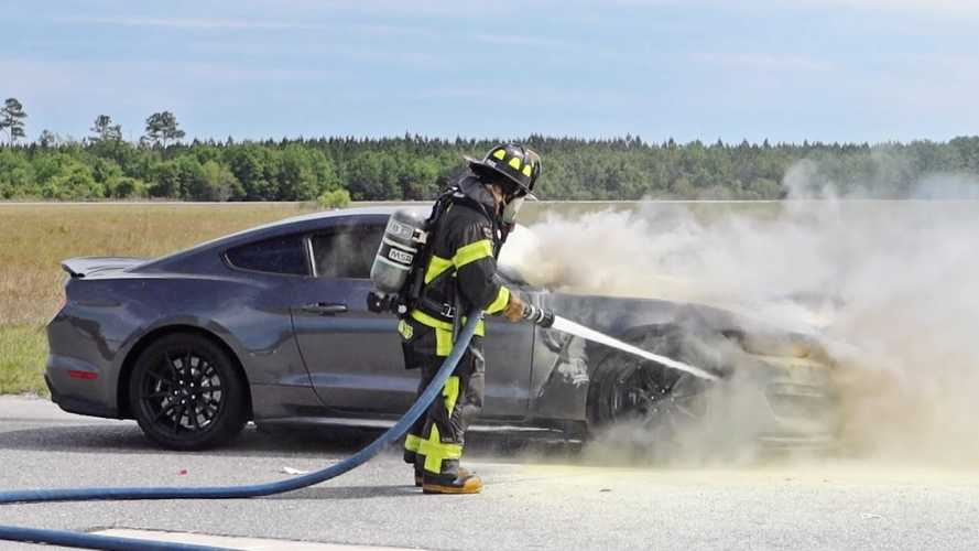 Mustang Shelby GT350 Track Fun Ends Abruptly After Car Catches Fire