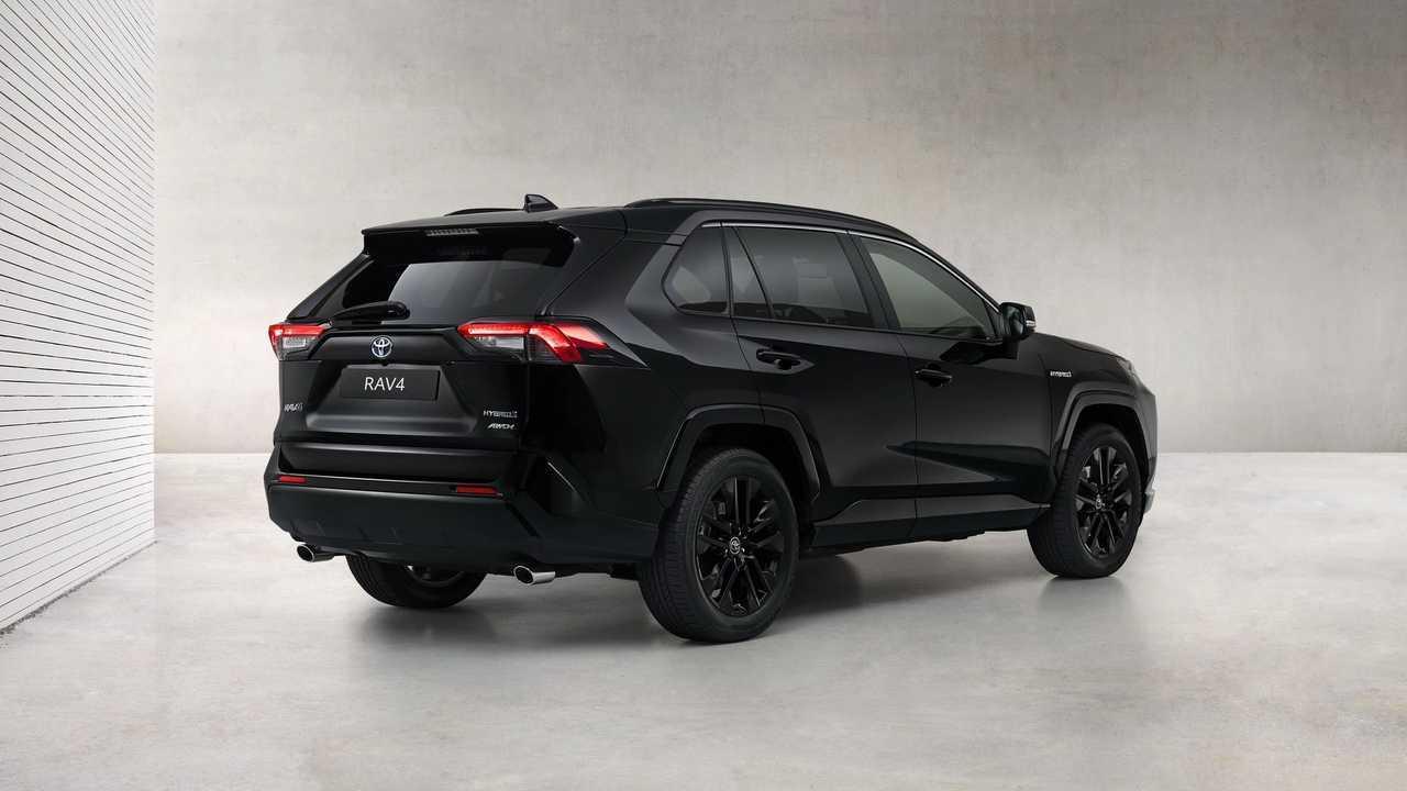 Toyota Rav4 U0026 39 E Black Edition Adl U0131 Siyah G U00f6r U00fcn U00fcm Paketi Geldi