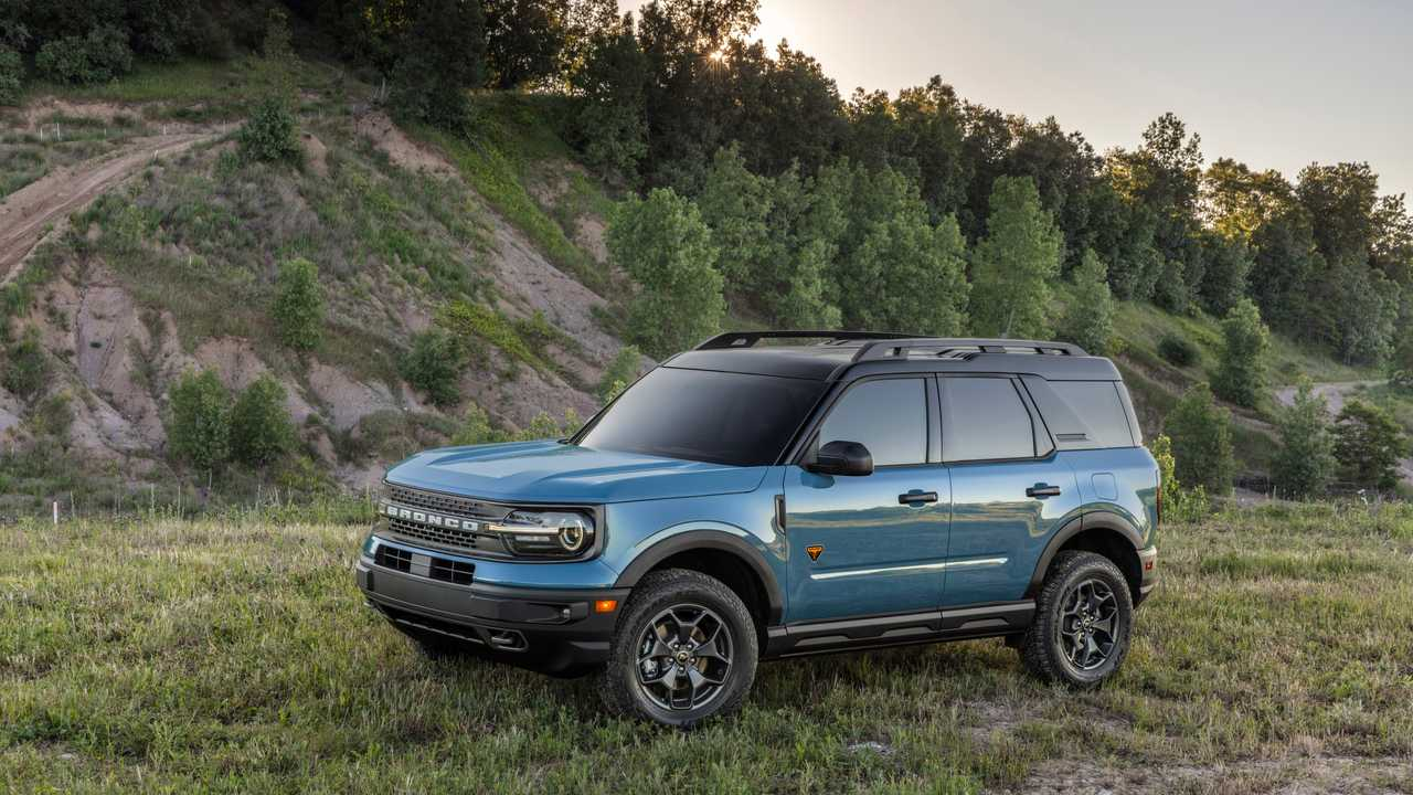 2021 Ford Bronco Sport blue on grass