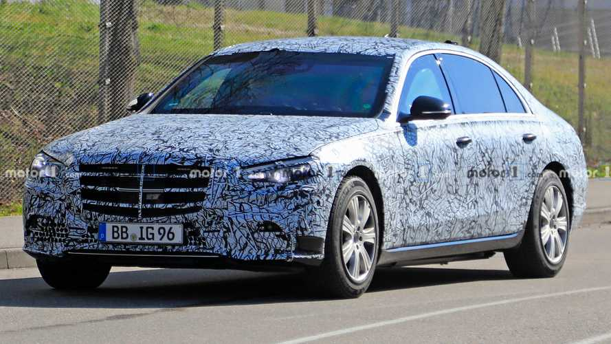 Mercedes S-Class Guard Spied Hiding Its Armor Under Camouflage