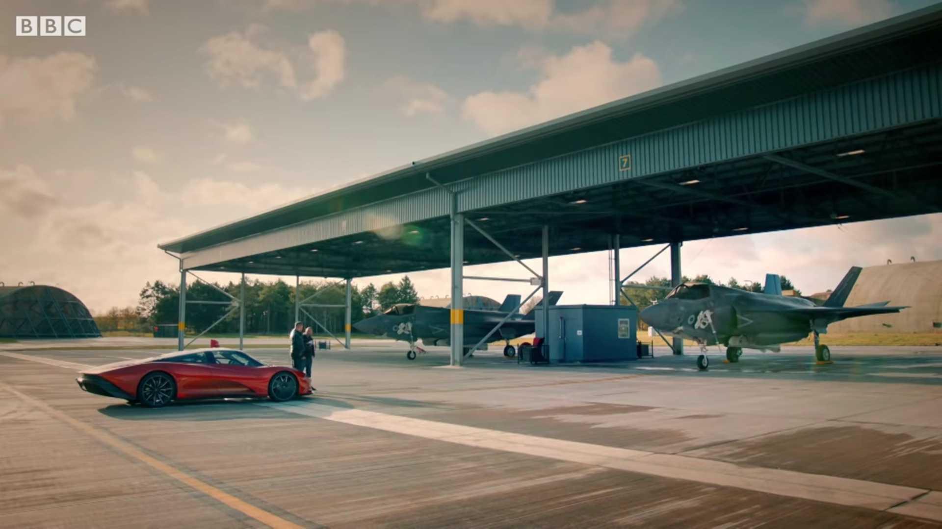 McLaren Speedtail Versus F-35