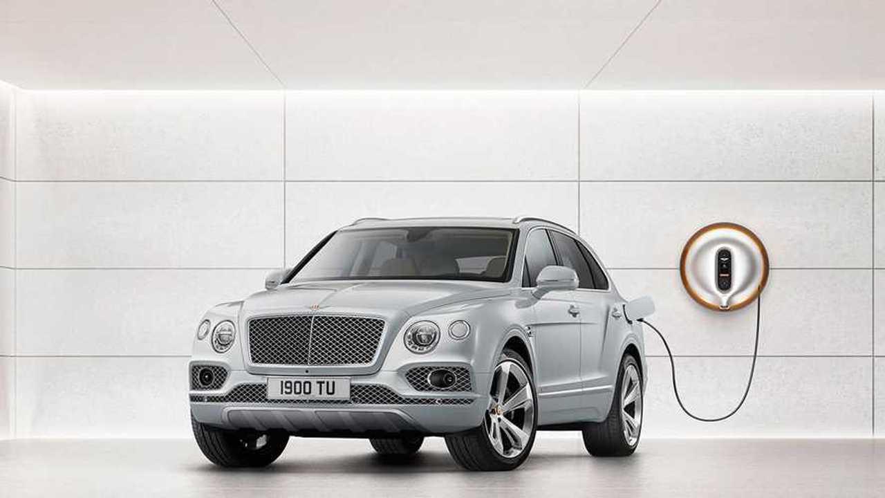 Bentley Bentayga стал подключаемым гибридом