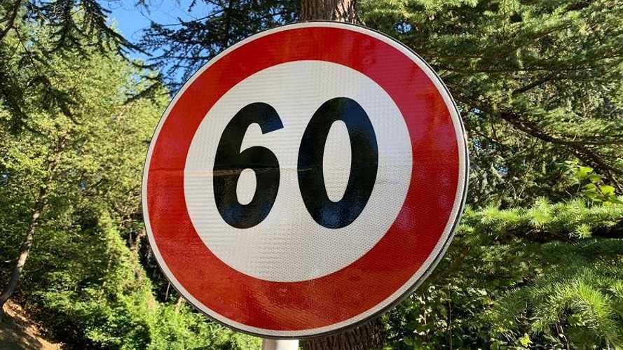 Trentino, nuovi limiti di velocità per le moto: le strade interessate