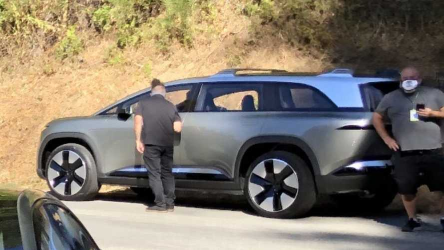 SUV elétrico da Lucid Motors é flagrado pela 1ª vez (e sem camuflagem)
