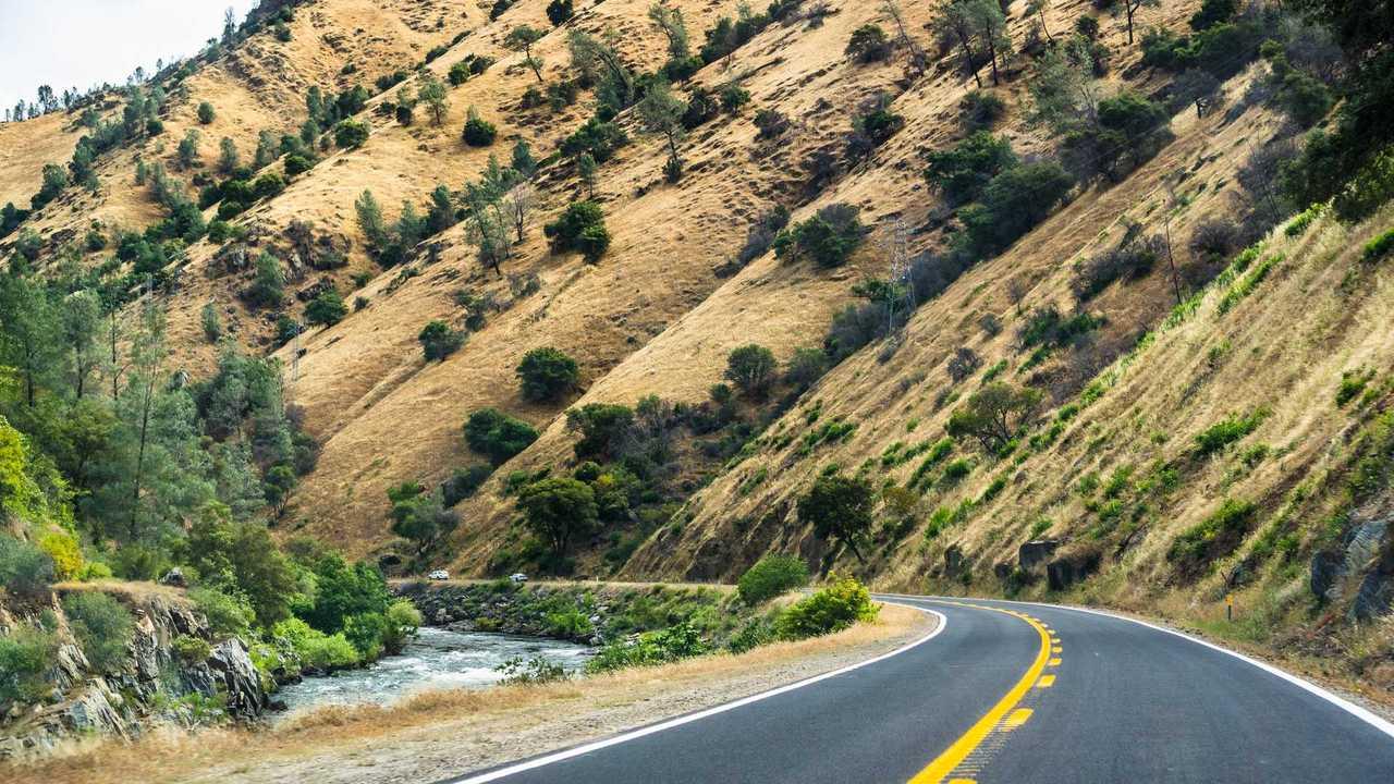 California SR 140 (Mariposa to El Portal, California, USA)